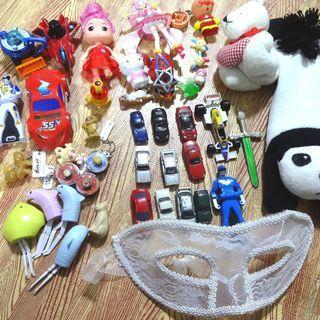 おもちゃ まとめて くら寿司 景品 ワンピースピンバッジ …