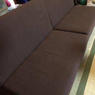 茶色ローソファーベッド