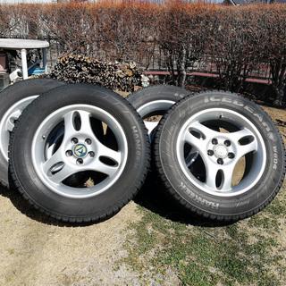 アルミホイールとスタッドレスタイヤの4本セット