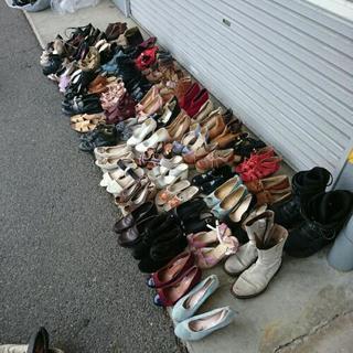 パンプス、スニーカー、ブーツ いろいろ