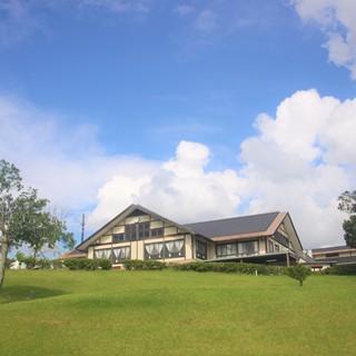 温泉もゴルフも無料の厚待遇!風通しのいい職場です。