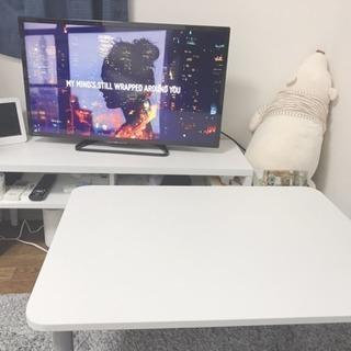 テレビ台、学習机、ダイニングテーブルの三点