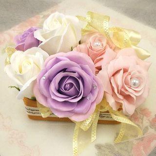 🌸母の日に手作りギフト🌸フレグランスフラワー✨スワロフスキー付き