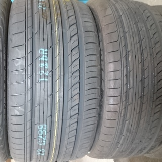 215/45R17 新品輸入タイヤ 4本 数量限定品!