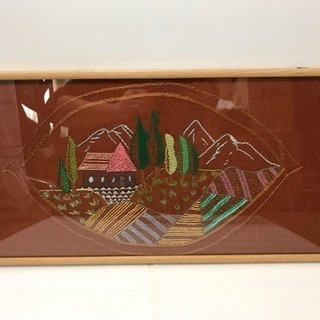 刺繍絵 ヨーロッパの原風景  寸法(約)幅61.5×奥行2…
