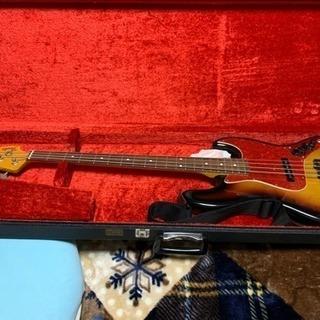 【ジャンク・現状引き渡し】Fender ジャズベ