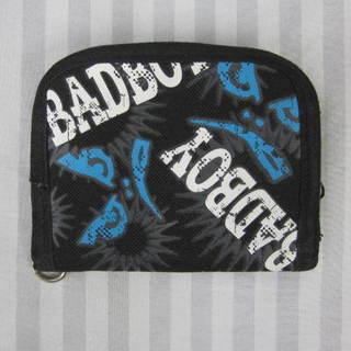 (え-G1-337)BAD BOY 二つ折り財布 ブラック 黒 男...