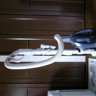 人気のシャープ製サイクロン掃除機 EC-BX5-B