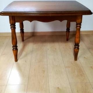 カリモク テーブル