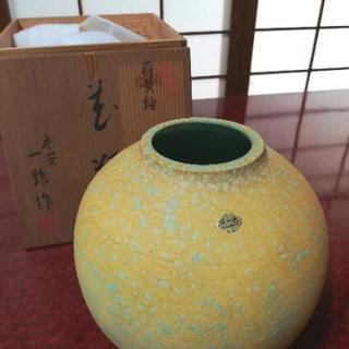 萌黄紬   花瓶
