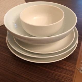 無印良品のお皿5枚
