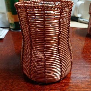 銅線の籠-筒
