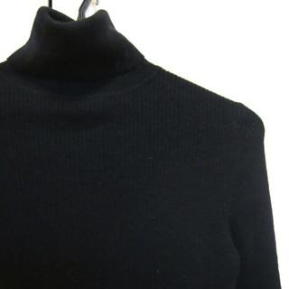 ユニクロ Pure New Wool タートルネックセーター(レデ...