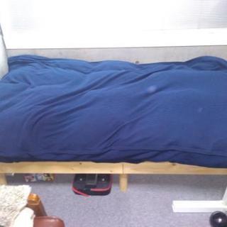 シングルベッド・羽毛布団