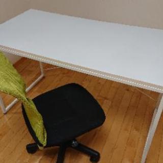 机と椅子をお売りします