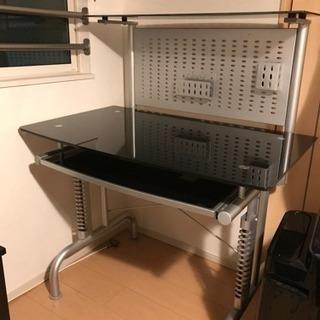 IKEAパソコンデスク  引き取り日限定  ブラック  ガラステーブル