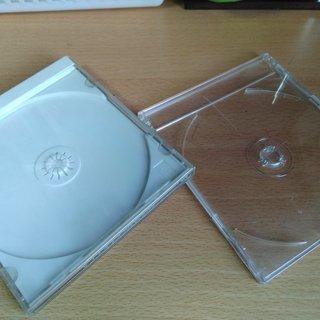 CDのプラスチックケース