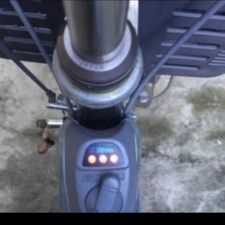 大人用三輪車  電動では動きません。