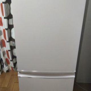 シャープの冷蔵庫★平日午前中もしくは夜の引き取り可能な方