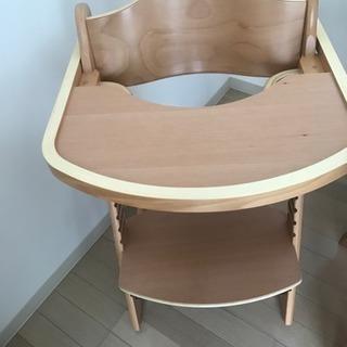 チャイルドチェアー 子供の椅子