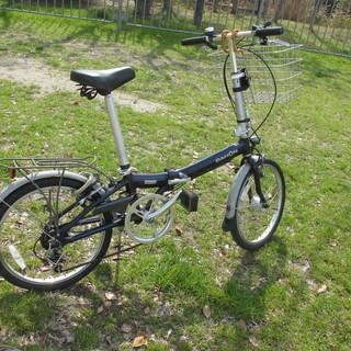 【乗り易い折りたたみ式自転車】ビンテージなダホンMetro