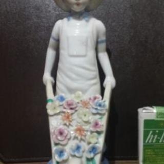 中国骨董? 花を売る少年