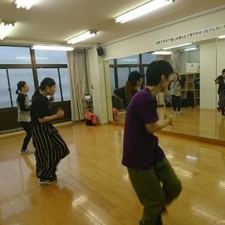 Funkでダンス!大人のためのダンススタジオ