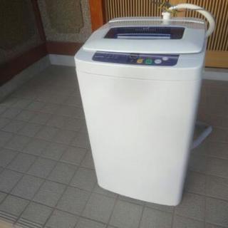 小型・軽量 ハイアール 全自動洗濯機  4.2kg ★ 2012製 の画像
