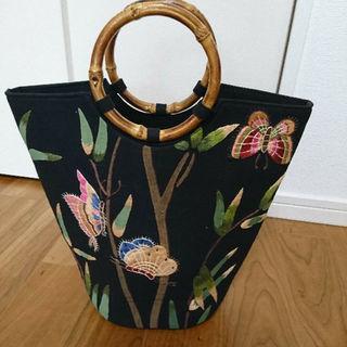 蝶刺繍 筒型トートバッグ