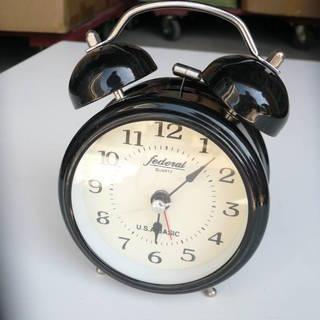 アナログ   目覚し時計