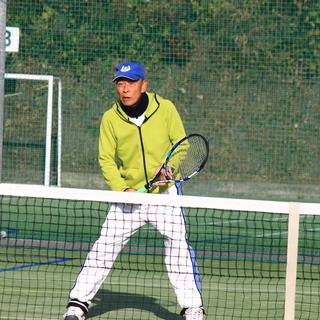 硬式テニスを教えます