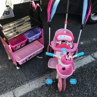ミニー三輪車 と 棚