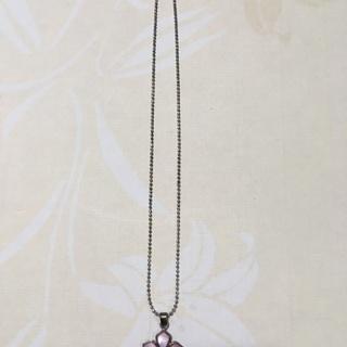 桜のシルバーネックレス 800円