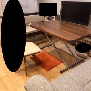 画像を載せました  使い方が楽しめるニトリ昇降式テーブル