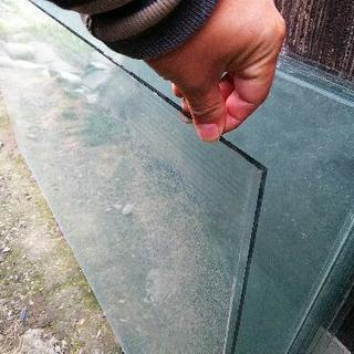 【募集終了】サッシから抜いたガラス板差し上げます。 - 一宮市