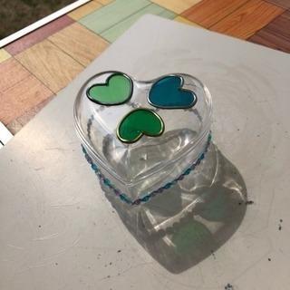グラスアート で作るハートの小物入れ