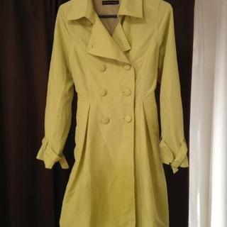 明るいバルーン型のコート売ります。中古です。