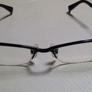 眼鏡フレーム700円 ̄(=∵=) ̄