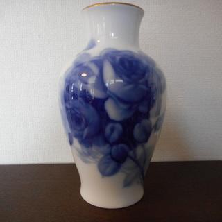 【値下げしました!】花瓶 大倉陶園 ブルーローズ