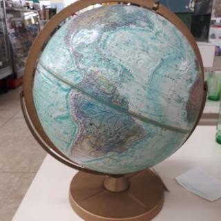 【リブラ店】値下げ!ちょっとレトロな地球儀