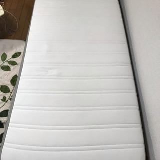 IKEA製ベッドマット(長さ200×幅90×高さ20センチ)
