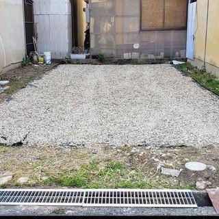 【駐車場】二台で月5000円にてお貸しします。月極駐車場 at ...