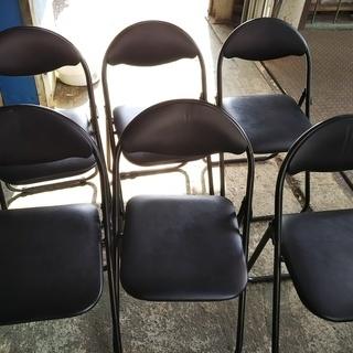 [折り畳みパイプ椅子]⁑リサイクルショップヘルプ