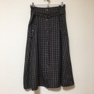 美品♡フロントボタンチェックフレアスカート