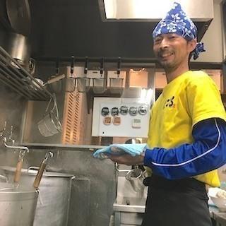 カップ麺にもなっている「台湾まぜそば」の名物店で働く♪ちょっぴり...