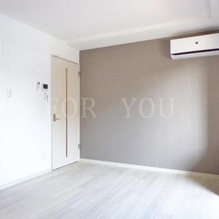 床カラーホワイトで明るいお部屋♪3口システムK完備!!その他設備充実☆