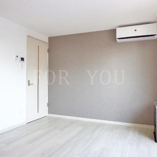床カラーホワイトで明るいお部屋♪3口システムK完備!!便利な宅配...