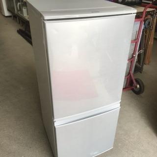 2017年製 SHARP ノンフロン冷凍冷蔵庫 SJ-D14C-...