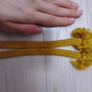 羽織紐 黄色 - 服/ファッション