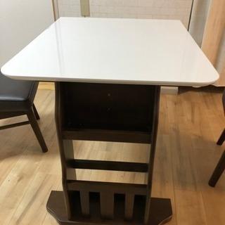 4人掛けダイニングテーブル、イスのセット